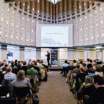 Schalterhalle Hannover beim Einführungsvortrag